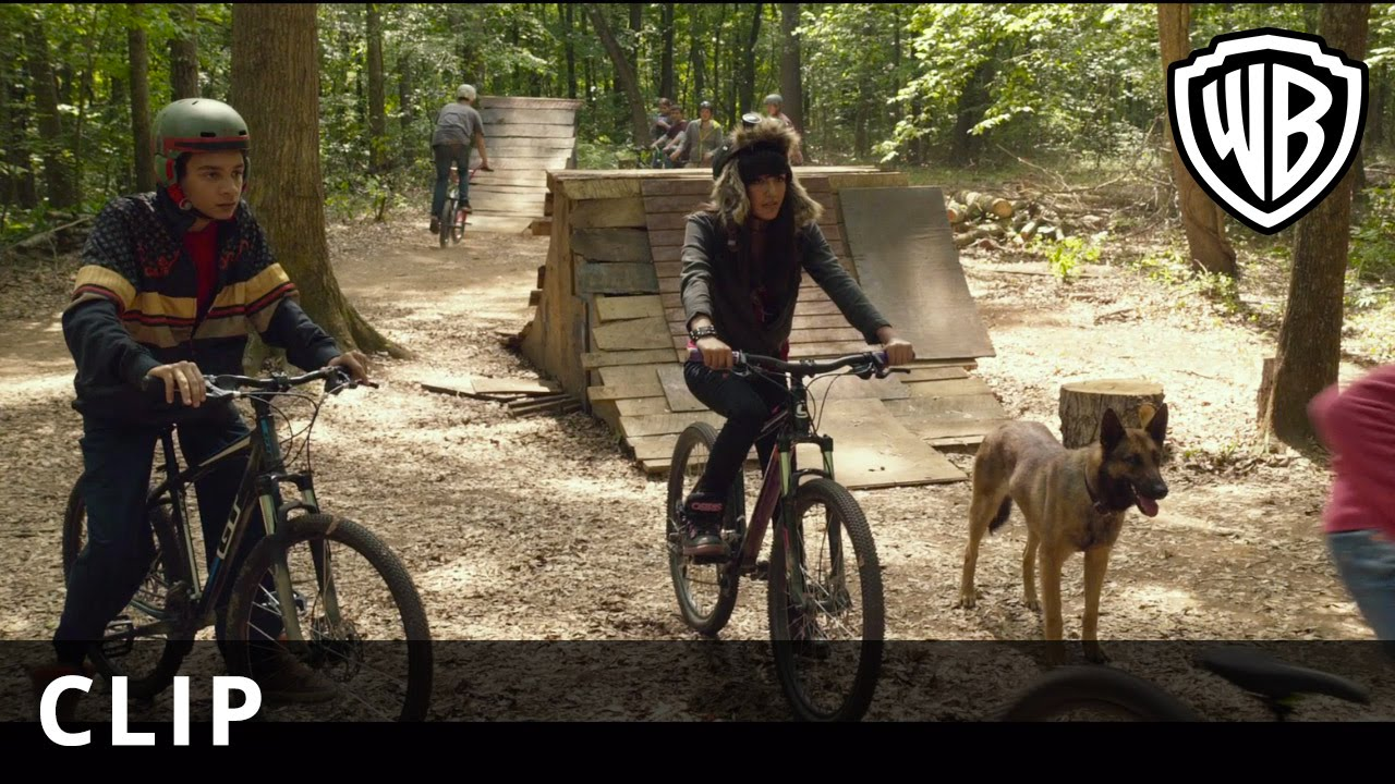 Max – 'Bike Chase' – Official Warner Bros. UK